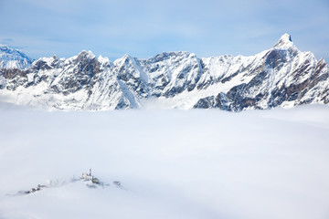 Plateau Rosa in Cervinia: the highest skiable slope in Italy (34