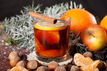 Mulled wine with oranges and spices