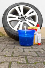 Felgen und Reifen reinigen