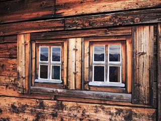 2 Holzfenster - 2 wooden windows