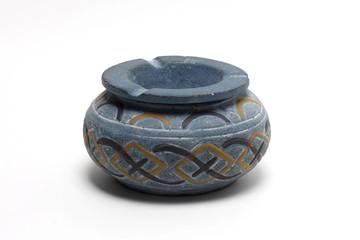 Aschenbecher aus Keramik