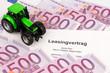 Leasingvertrag für neuen Traktor