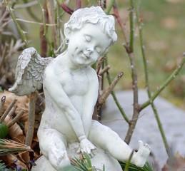 Fröhlicher Engel