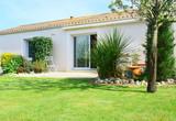 Fototapety maison contemporaine et son jardin