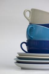 Gestapelte Kaffeetassen