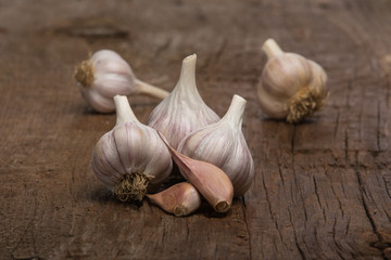 Garlic Cloves and Heads