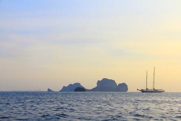 Sailing yahts
