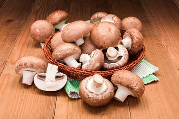 Fresh brown champignons