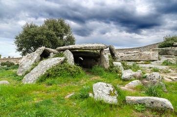 Sardegna, Dolmen di Ladas a Luras (Ot), in Gallura