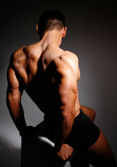 Masterfitness-sitzende Rückenpose