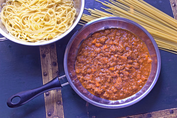 Spaghetti bolognese sauce in pan