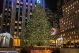 Fototapety New York - DECEMBER 20, 2013: Christmas Tree at Rockefeller cent
