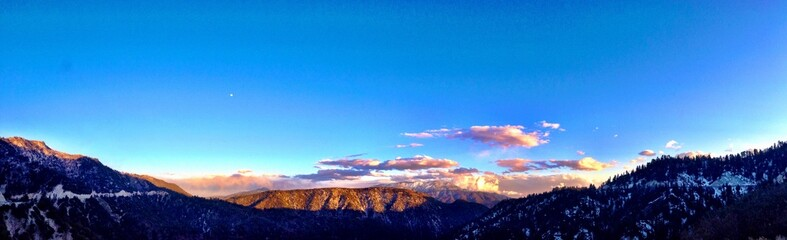 breathtaking view of a sunset in Big Bear Mountain
