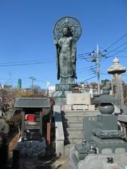 おおくら大仏と墓