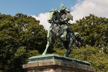 statue of Kusunoki Masashige in Tokyo