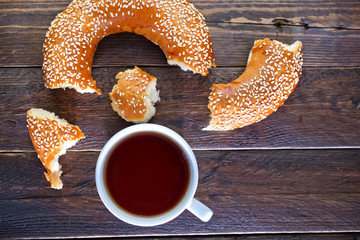 tea and bagel