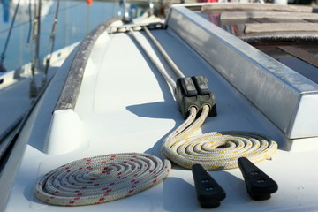 Ropes on the Sidedeck