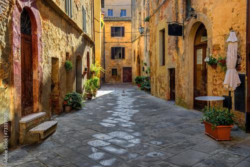 toscania-wlochy-montepulciano-zaulek