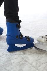 skates ice skating