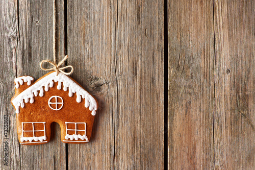 Tuinposter Koekjes Christmas homemade gingerbread house cookie