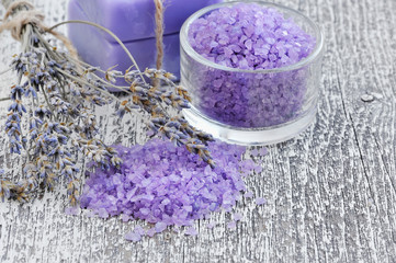 Bath salt for aromatherapy and dried lavender