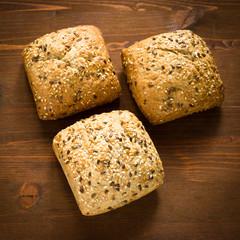 Pane integrale con semi di sesamo