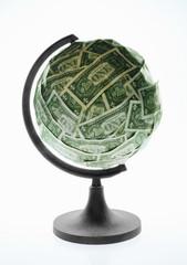 Bola del mundp con dólares