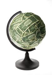 Bola del mund con dólares