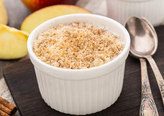 Apple crumble dessert