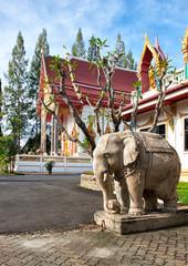 Elephant statue in Wat Sri Sunthon temple