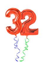 Rote Luftballons mit Geschenkband - Nummer 32