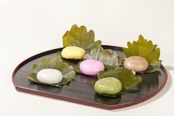 和菓子・5色の柏もち