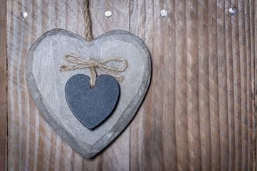 Coeur en bois et ardoise