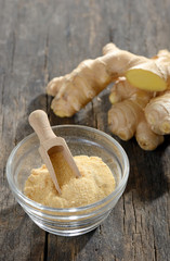ginger root and ground ginger spice