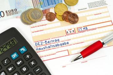 Überweisungsträger mit GEZ-Beitrag und Haushaltsabgabe