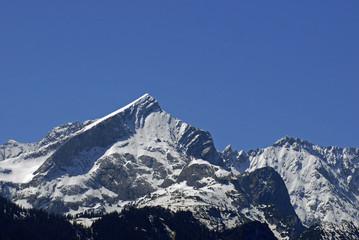 schneebedeckte Alpspitze