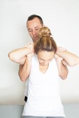 Osteopathie mit Rentnerin