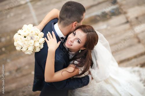 Plakat wedding bride groom loving cpouple marriage