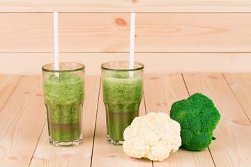 kiwi juice and broccoli