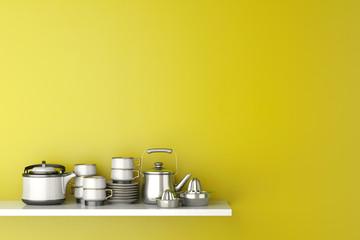 Regal in Küche mit Geschirr vor Wand