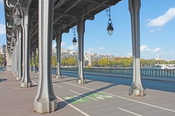 Paris pont Birakheim