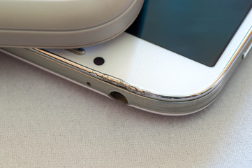 Cracked upper part of a smartphone