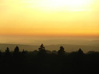Sonnenuntergang an einem Herbsttag