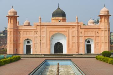 Mausoleum of Bibipari in Lalbagh fort, Dhaka, Bangladesh