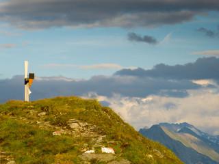 Marterl am Berggipfel