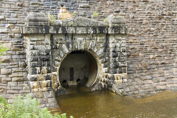 Outflow of the dam of the Pen-y-Garreg Reservoir.