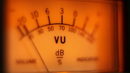 Analog volume meter in action