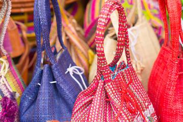sacs à main, artisanat malgache