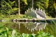 Japanischer Garten mit Teich und Brücke