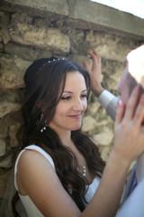 нежный взгляд невесты